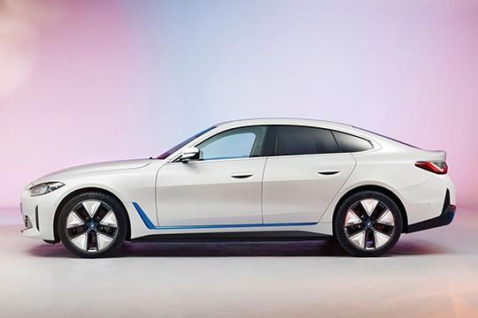 BMW i4 390 KW (530 HP)